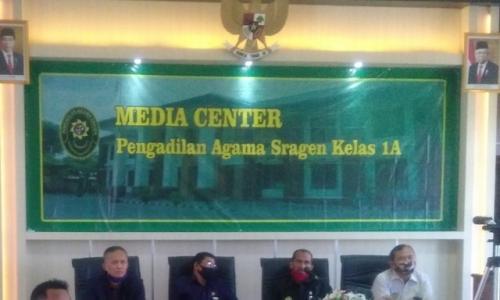 Pengadilan Agama Sragen Mengikuti Rapat Virtual Bimtek Pembangunan ZI menuju WBK/WBBM dengan Badilag