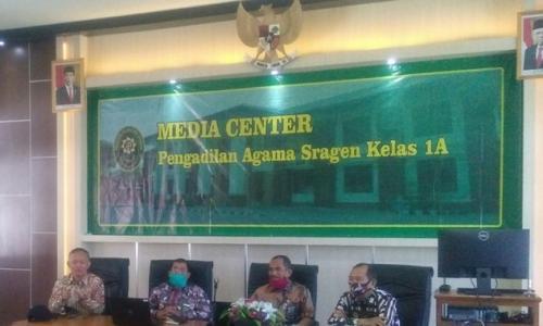 Tindak Lanjuti Bimtek ZI oleh Ditjen Badilag, Pengadilan Agama Sragen Gelar Rapat
